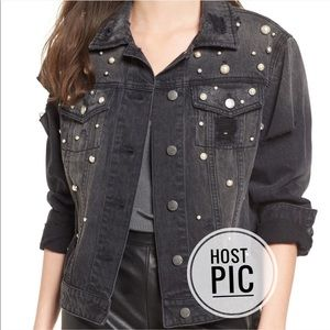 🎉HP🎉 Imitation Pearl Boyfriend Denim Jacket